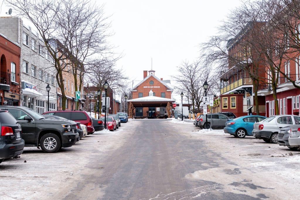 Musée et marché public